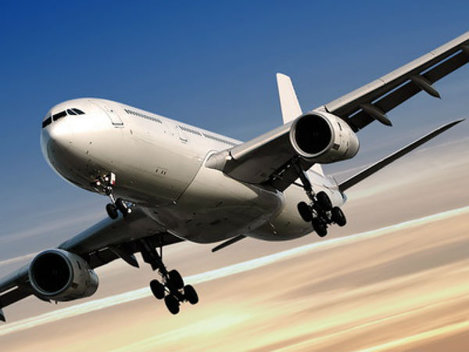 Preţurile biletelor de avion scad, din ianuarie 2015, sub 50 de euro pentru mai multe destinaţii