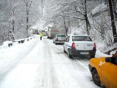 Ninsori în Moldova, Transilvania şi zonele de deal şi munte, până luni după-amiază
