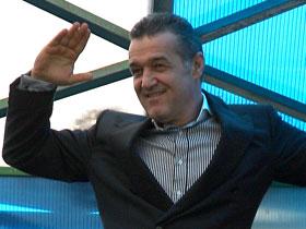UPDATE: Giginho a facut show in fata ziaristilor (VIDEO)