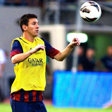A semnat cu catalanii după ce a jonglat cu portocale