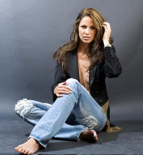 Claudia Toth