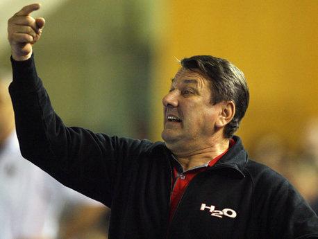 Antrenorul Radu Voinea e supărat, pe bună dreptate, după egalul cu Metz