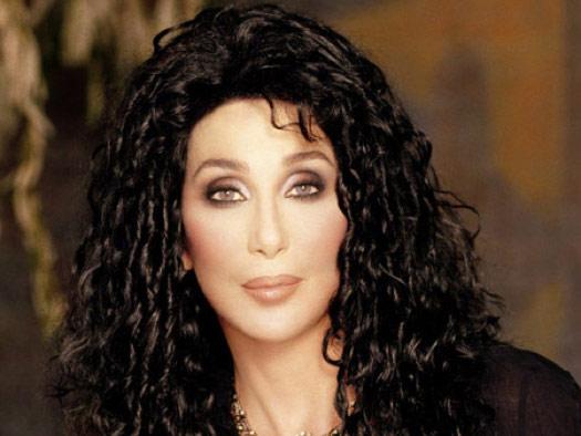 Cher curtata pentru rolul Catwoman din Batman