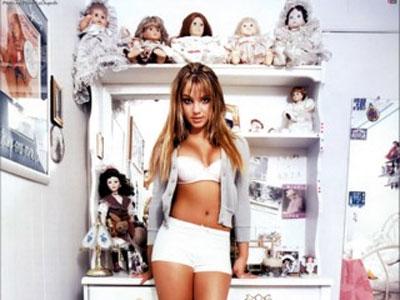 Britney Spears - sex, droguri si alcool, de la 14 ani!