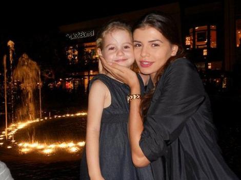 Monica Columbeanu si Irina