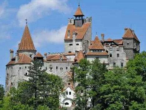 TOP 10 - Castele fascinante din lume! Branul se află printre ele!