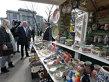 """Primarul Sorin Oprescu a vizitat Târgul """"Tradiţii şi Flori de Sărbători"""" din Parcul Cişmigiu"""