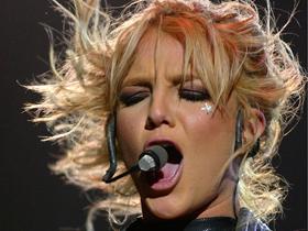 Britney Spears, pe cale de a fi o sadomasochista!