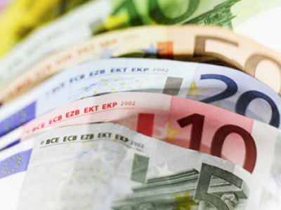 Presedintele BCE: Economia mondiala a evitat un declin