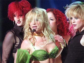 Britney Spears se tine de diete