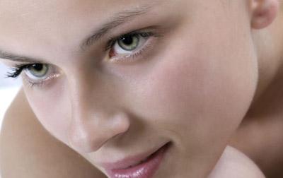 Scapa de acnee cu ajutorul autovaccinului special conceput pentru tine!
