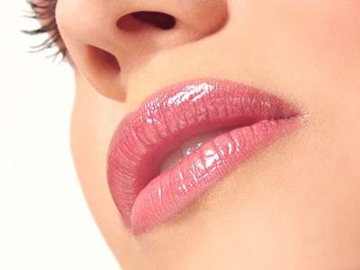 Vaselina cosmetica, miracol pentru ten
