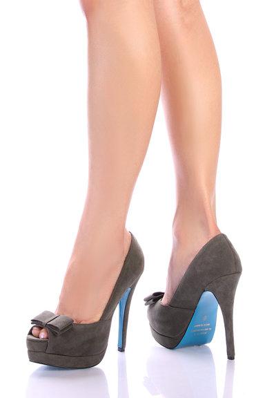 Pantofi senzationali