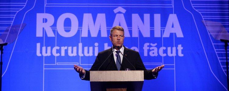"""Klaus Iohannis, la GÂNDUL LIVE: """"E nevoie de un alt guvern decât cel în funcţie. E ineficient. Cu cât mai repede îl schimbăm cu atât mai bine"""""""