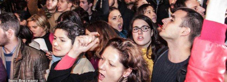 """""""VOT PLAGIAT!"""" - Scrisoarea studenţilor din Londra pentru Guvern şi BEC: """"Ne-aţi lăsat plângând de frustrare, umiliţi şi batjocoriţi"""""""