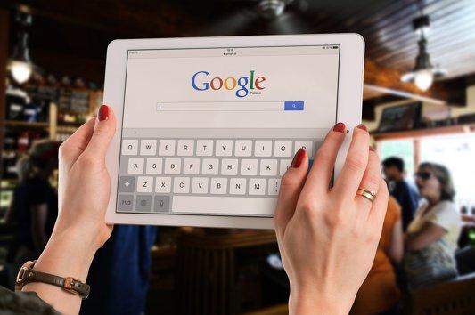Topul celor mai căutaţi candidaţi pe Google înainte de alegerile prezidenţiale. Apariţie surprinzătoare pe primul loc