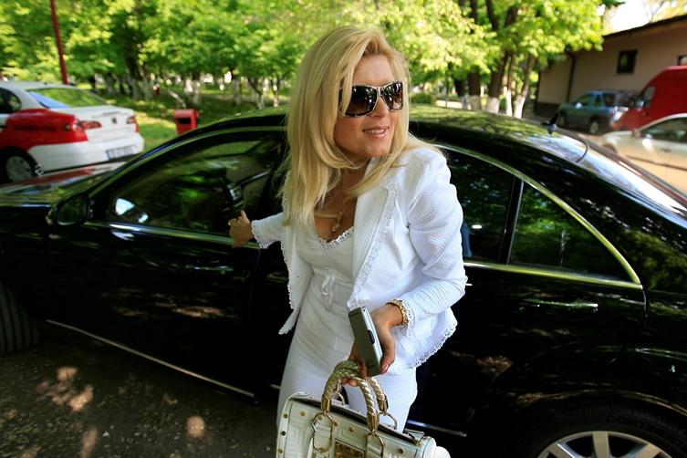 """Liiceanu: """"Dacă Elena Udrea ar prezenta produsele cosmetice ale unei mari firme de cosmetice, cred că şi-ar atinge gradul de competenţă maximă"""""""