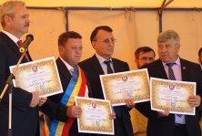 Minunea electorală de la Tătuleşti: prezenţă la vot de 118%