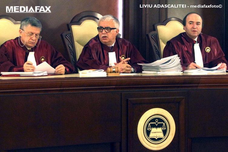 Curtea Constituţională a validat primul tur al alegerilor prezidenţiale