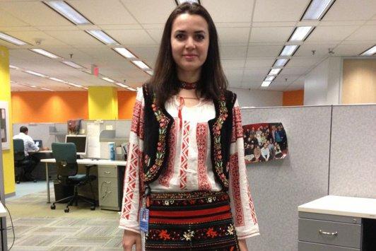 """O tânără din Canada îi scrie lui Victor Ponta: """"Ne numiţi duşmanii României. Haideţi să vă spun cum îmi denigrez eu ţara..."""""""