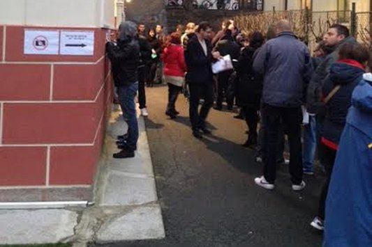 Un observator român din Oslo: ''Oamenii au venit de la ora 5, de la sute de kilometri''