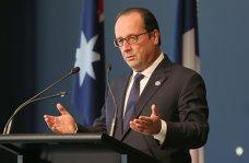 Francois Hollande l-a felicitat pe Klaus Iohannis şi i-a adresat o invitaţie la Paris