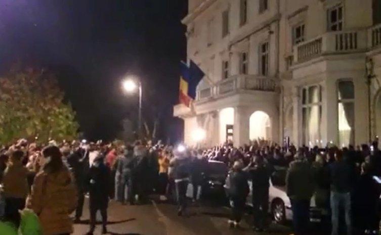 Cum a SABOTAT Guvernul votul din diaspora: Ambasadorii au cerut secţii suplimentare, dar au primit de la Bucureşti următorul răspuns