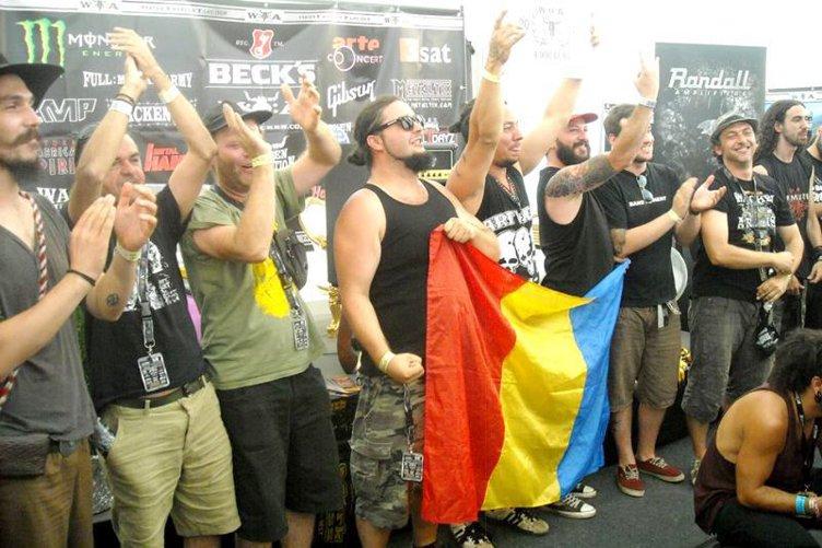 1 DECEMBRIE. Ce-i doreşte un român din Franţa ţării în care s-a născut