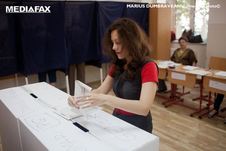 Ghidul votantului. Câte secţii sunt deschise la alegerile prezidenţiale şi care este procedura de vot