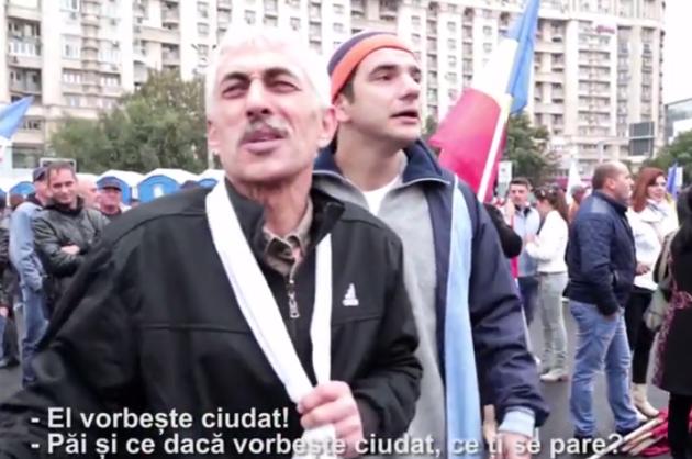 """Mondenii, la lansarea lui Klaus Iohannis: """"Nu e cu aplauze?"""""""