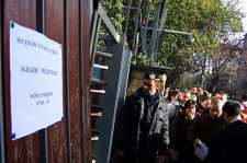 Cât a contat votul românilor din străinătate la alegerile prezidenţiale din 2009