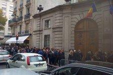 Cele patru motive pentru care românii din diaspora au fost obstrucţionaţi şi umiliţi la vot
