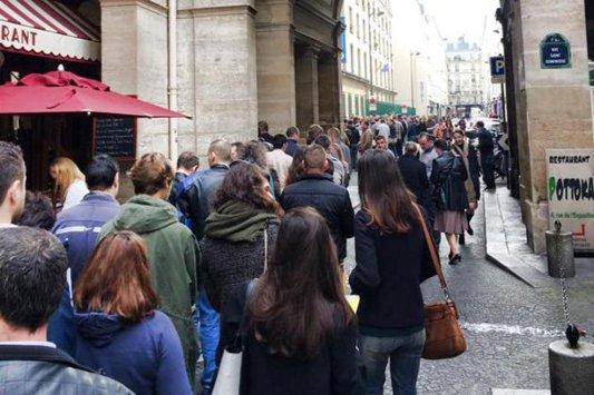 Este SCANDALOS ce apare în această sesizare trimisă către BEC dintr-o secţie de votare din Paris, în timp ce românii stăteau la coadă pentru a vota