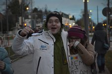 Primul votant român la Munchen. ''A stat 13 ore în frig. Când a văzut câte mii de oameni erau la coadă, a început să plângă''