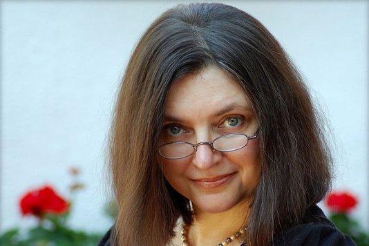 SONDAJ. E potrivită Tatiana Niculescu Bran pentru funcţia de purtător de cuvânt al Preşedinţiei? VOTEAZĂ
