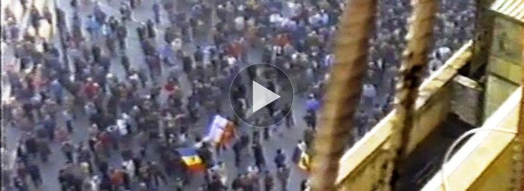 OMUL CARE A FILMAT REVOLUŢIA. Cum au fost înregistrate primele imagini în Piaţa Universităţii în decembrie 1989