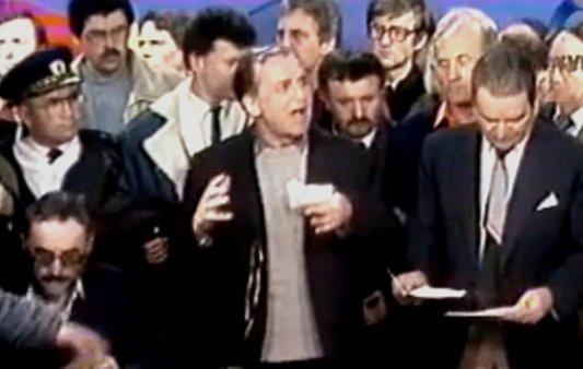 Interviu cu Ion Iliescu, la 25 de ani de la Revoluţie, despre terorişti, comunism şi relaţia cu Nicolae şi Elena Ceauşescu