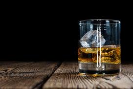 Lumea rămâne fără bătrânul single malt Scotch