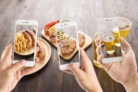 Trimite-i chelnerului comanda prin SMS! Aplicaţia care va revoluţiona restaurantele