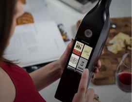 """Prima sticlă """"deşteaptă"""" de vin e conectată la WiFi"""