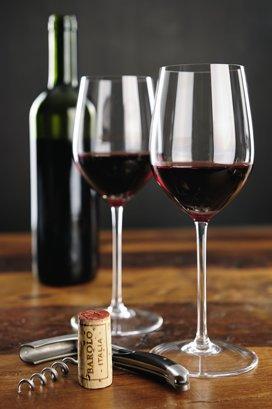 Vin italian sau franţuzesc? Dispută la nivel înalt: Renzi vs Hollande
