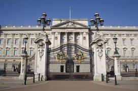 Alimentul interzis la Buckingham. Pretenţii culinare regale, dezvăluite de fostul chef al Reginei