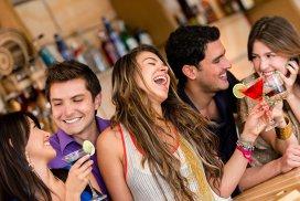 Câtă fericire produce alcoolul. Concluzia cercetătorilor