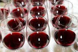 Papa Francisc: Vinul este o necesitate