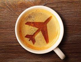 Compania aeriană cu cele mai bune meniuri din lume. Eşti servit de chefi în timpul zborului