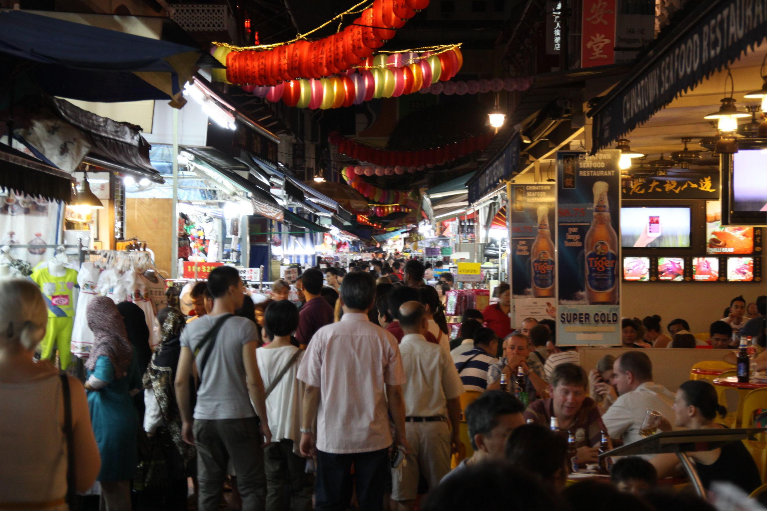 Street food. Doi vânzători ambulanţi din Singapore, recompensaţi cu stele Michelin