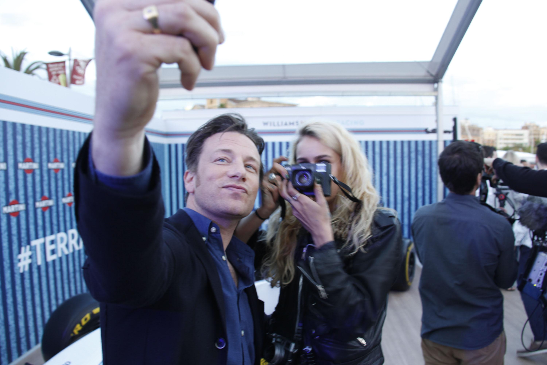 Ce au descoperit cercetătorii despre cursurile de gătit organizate de Jamie Oliver