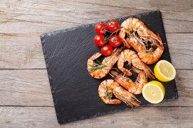 Românii au prins gustul fructelor de mare: creveţii, pe primul loc în topul vânzărilor