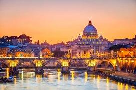 Top 5 destinaţii preferate de români pentru city break-uri. Recordul anului 2016 la preţ: 6500 euro