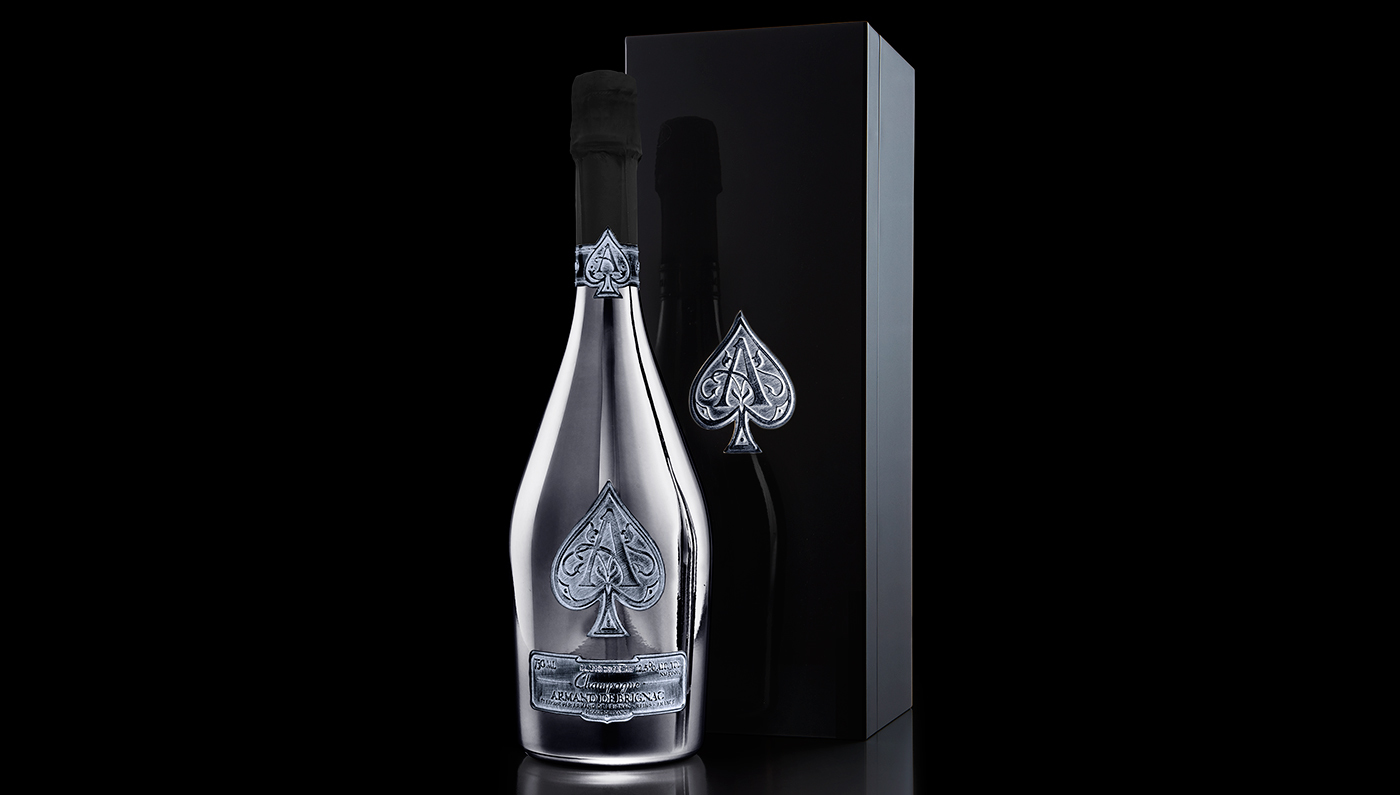 Jay Z lansează o nouă şampanie Armand de Brignac în ediţie limitată. Preţul, uriaş